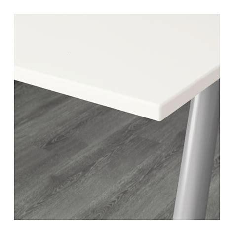 Meja Komputer Ikea ikea thyge meja komputer meja kantor putih warna perak