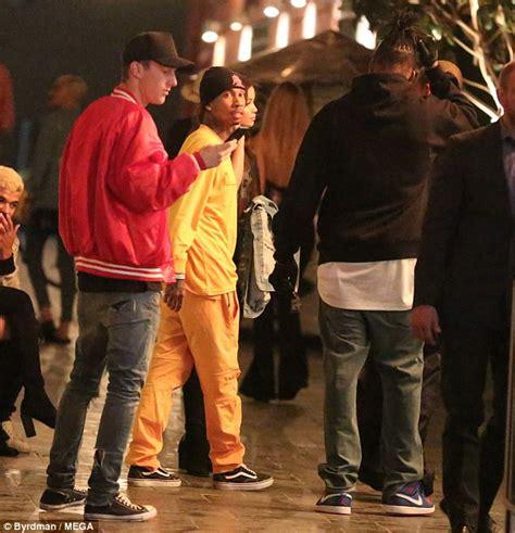 Tyga Gets Cosy With Jordan Ozuna Wstale Com