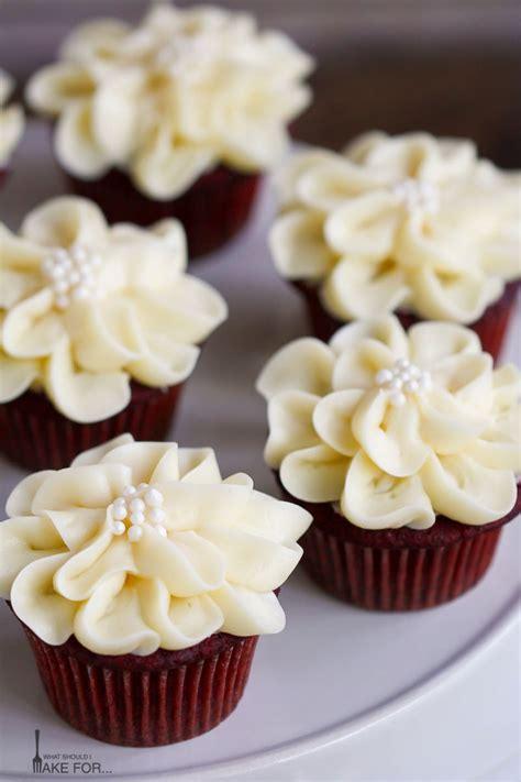 best frosting for velvet cupcakes velvet cupcakes what should i make for