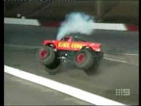 monster truck crash videos youtube monster truck crash ends in a fireball youtube