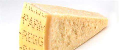 parmigiano reggiano cheese buy delicious parmigiano reggiano cheese italy chronicles
