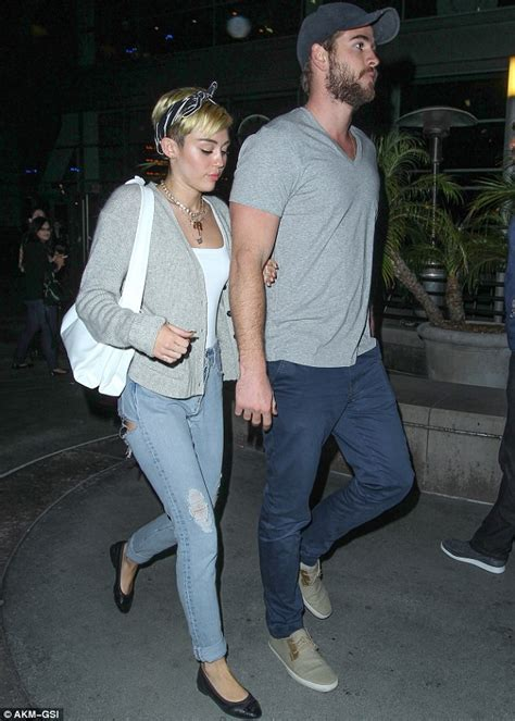 Mileys Parents Stay Together by Or Not Miley Cyrus And Liam Hemsworth