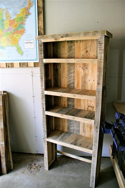diy recycled pallet bookcase pallet furniture plans