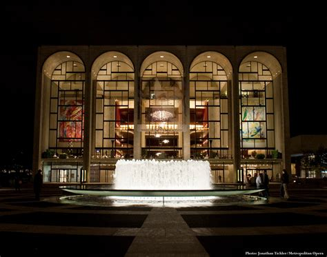 metropolitan opera house lincoln center le nozze di figaro at the met the arts the city and me