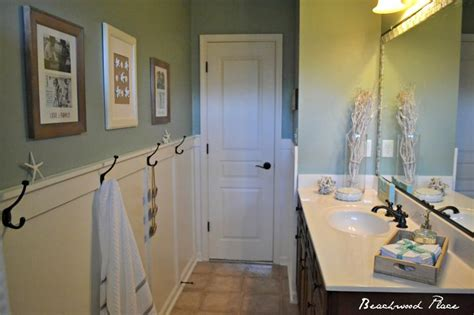 coastal bathrooms pictures 16 best images about cottage on pinterest beach cottages summer houses and sofa