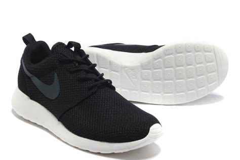 nike roshe run womens shoes black white australia canberra