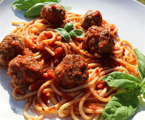 spaghetti and meatballs food junkie