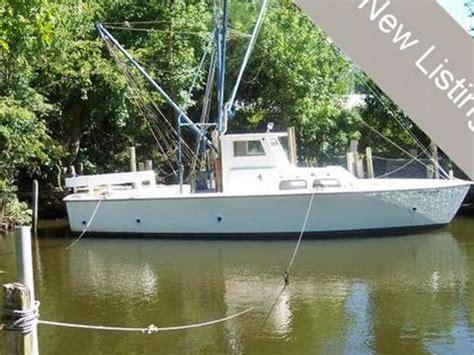 buy boat miami power boats miami boats for sale daily boats
