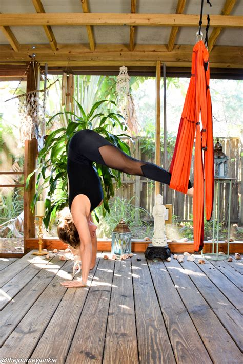 yoga trapeze tutorial the yoga trapeze how why to use one the journey junkie