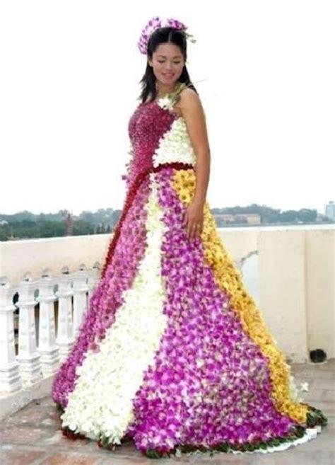 imagenes de vestidos de novia raros los 20 vestidos de novia m 225 s raros del mundo dogguie