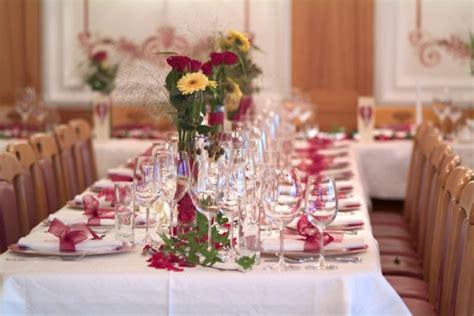 Alles F R Hochzeitsdeko by Hochzeitsdeko F 252 R Tisch 65 Coole Ideen Archzine Net