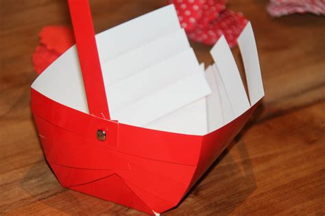 Make Paper Basket - paper basket