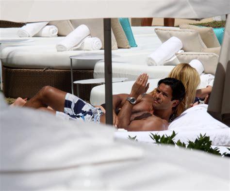 kelly ripa vacation mark consuelos in kelly ripa and mark consuelos on