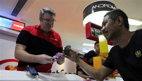 Modem Bolt Di Itc Cempaka smartfren terus genjot jumlah pengguna jaringan 4g lte tekno tempo co