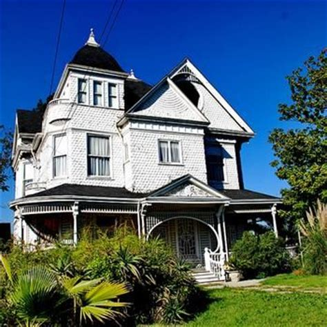 haunted houses in los angeles 1000 images about haunted houses on pinterest paranormal the mansion and built ins