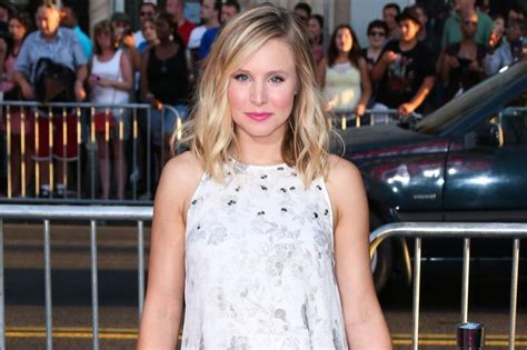 Kristen Bells Obsessions by Kristen Bell S Of Thrones Obsession Stretches To