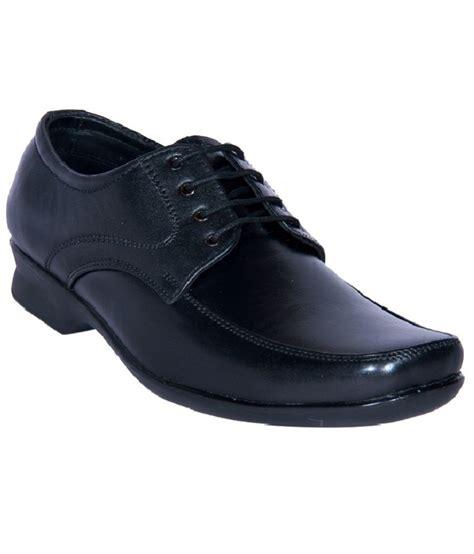 jackboot trendy black formal shoes price in india buy