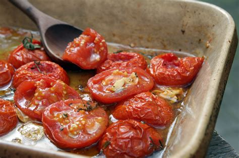 roasted tomatoes recipe oven roasted tomatoes david lebovitz