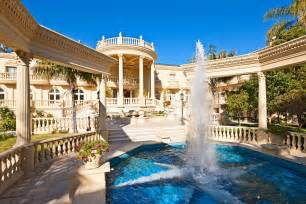 extravagant homes pictures