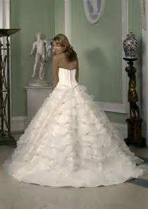 wedding dress in uk wedding with style uk bridal gown fashion