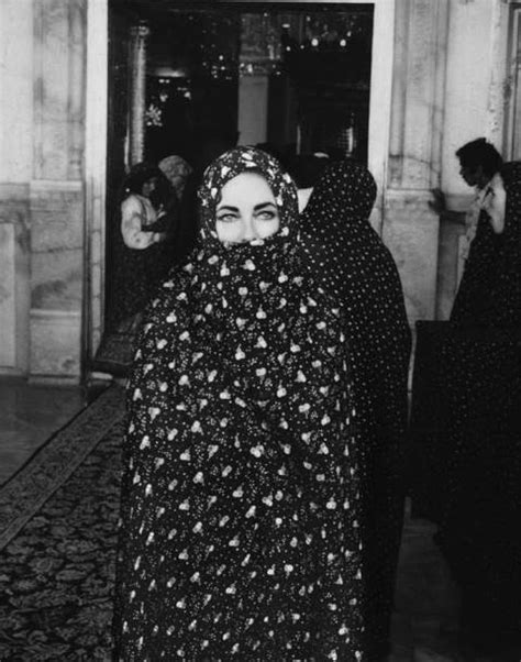 Stunning Photos Of Elizabeth Taylor In Iran 1976