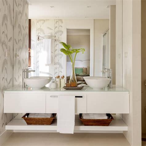 armarios y estanterias para baños muebles almacenaje baos pequeos stunning ideas para baos