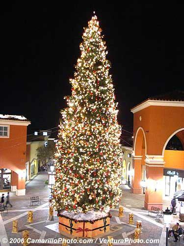 simi valley town center tree lighting simi valley town center at christmas tree lights