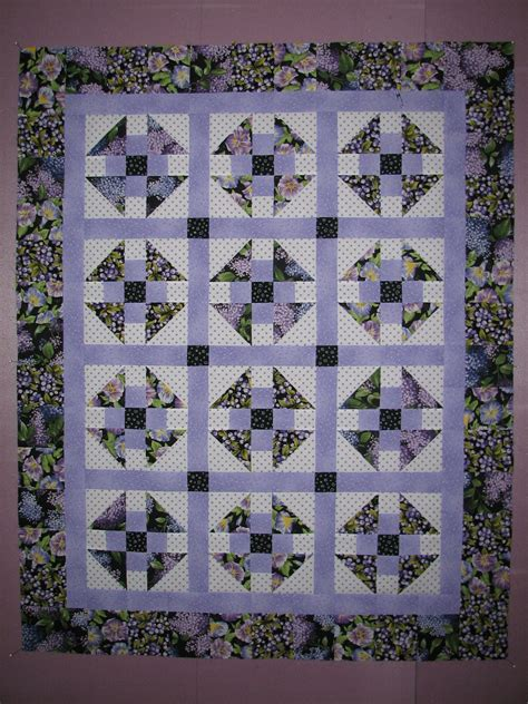 Studio Quilt by 2 Dogs Studio 187 Quilt Top Done