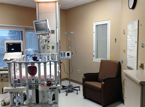 icu room pediatric intensive care unit at the children s hospital at tristar centennial center