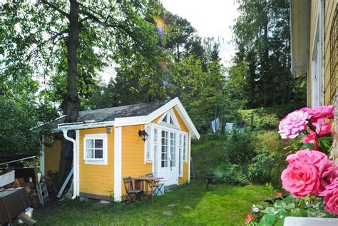 8 Inspiring Tiny Airbnb Homes For A Taste Of Living Small Tiny Houses Airbnb