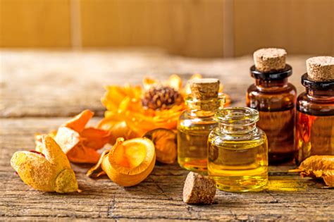essential oils for skin allergies what are the best essential oils for allergies doctors health press