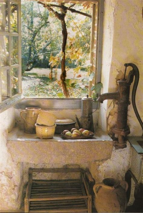 wow  sink  pump  ancient rustic french chic