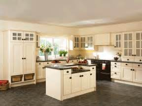 Cream Cabinet Kitchens by Kitchen Paint Colors With Cream Cabinets Decor