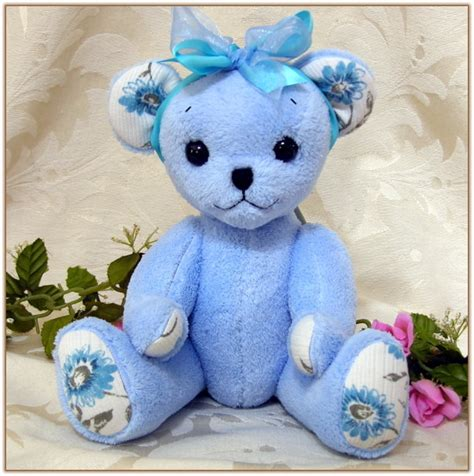 Handmade Memory Bears - handmade memory teddy bears from loved one s clothing and