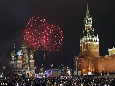 new year celebration in russia new year 2009 celebrations from across the world