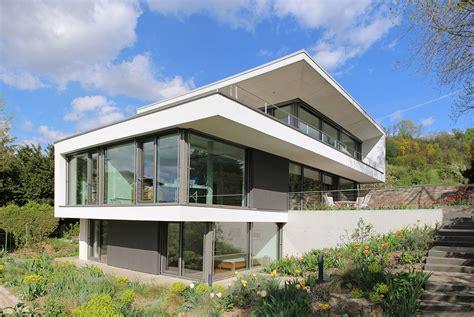 Modernes Haus Am Hang 5121 by Projekte Weber Und Partner