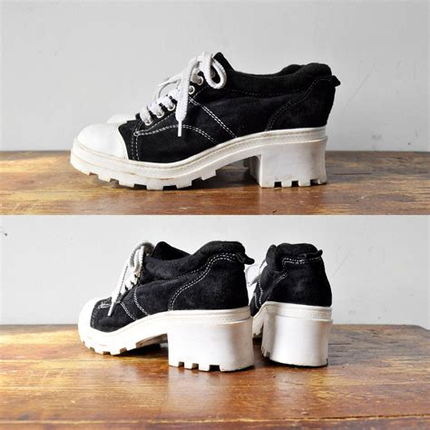 platform tennis shoes vintage amazing 90 s platform tennis shoes 8 5