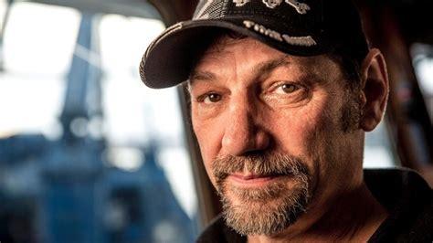 deadliest catch hillstrand illness deadliest catch recap time bandit captain johnathan