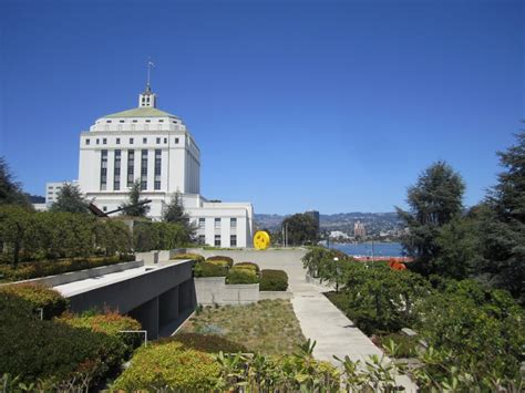 alameda county court house panoramio photo of alameda county courthouse from the oakland museum