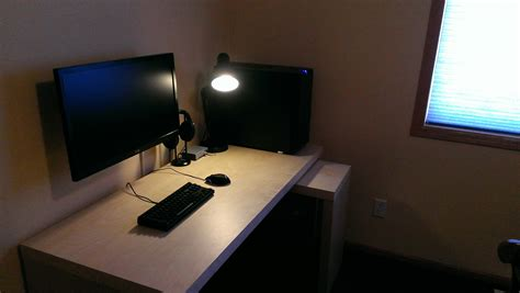 Gaming Computer Desk Setup Furniture Cool Computer Setups And Gaming Setups And Computer Desk Set Up Minimalist Computer