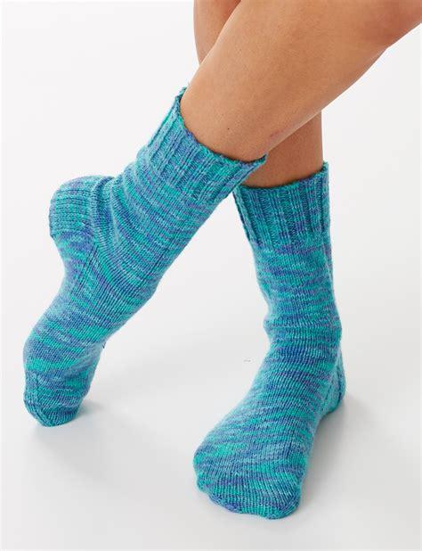 free sock knitting patterns yarnspirations bernat basic socks free knit