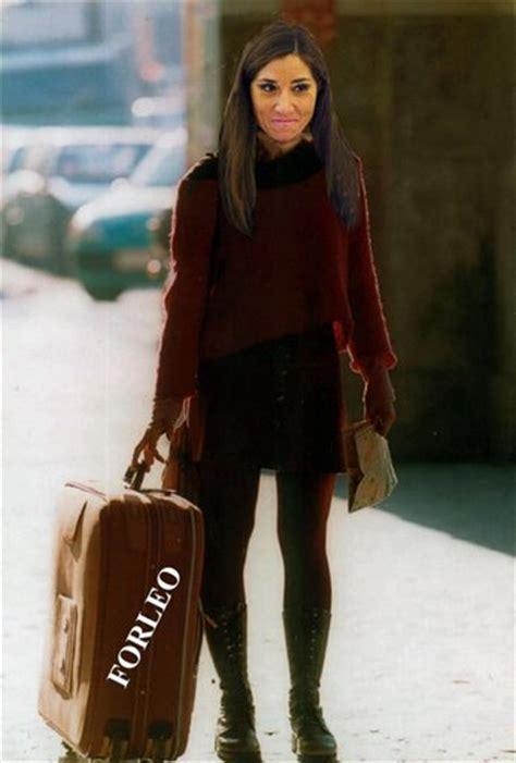 la ragazza con la girodivite la ragazza con la valigia