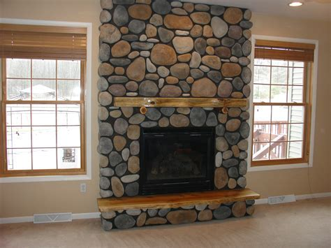 30 Perfect Stone Fireplace Pictures   CreativeFan