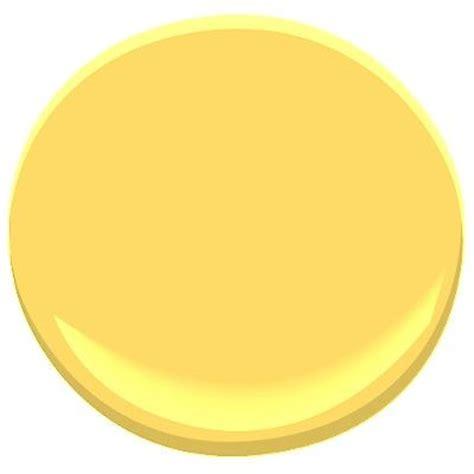 benjamin moore yellow paint benjamin moore amarillo house exterior pinterest