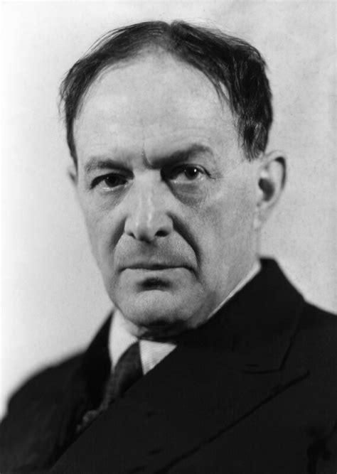 Biography and poems of Walter De La Mare: Who is Walter De