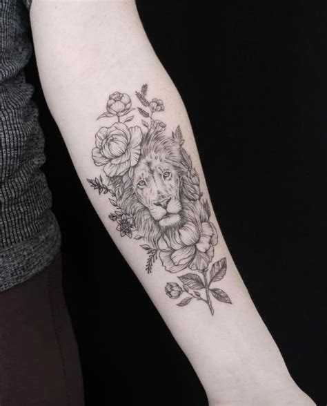 lion flower tattoo the 25 best ideas on thigh