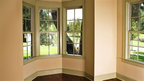 Ideas for bay window treatments in the living room the