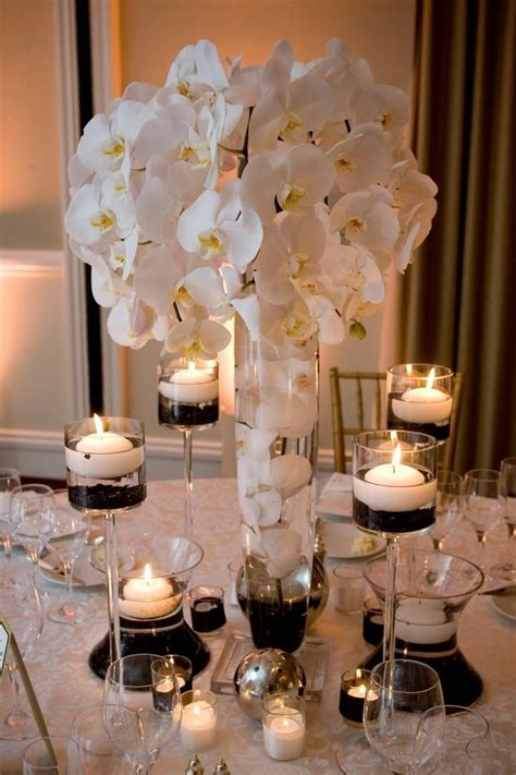 small candles for wedding tables 25 best ideas about modern wedding centerpieces on
