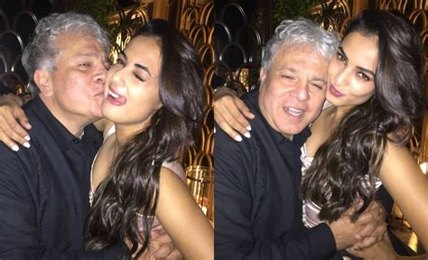 sonal chauhan married to sonal chauhan cozy moment with suhel seth youtube