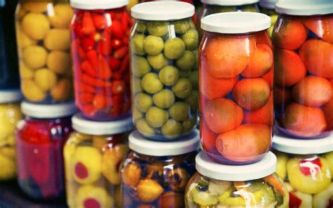 tomorrow learn to can and preserve for free with top chef judge hugh acheson